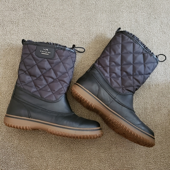 Coach Samara black quilted winter boots, size 7.5